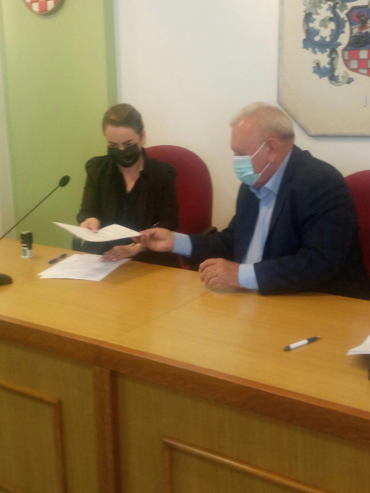 Potpisivanje ugovora sa BBŽ